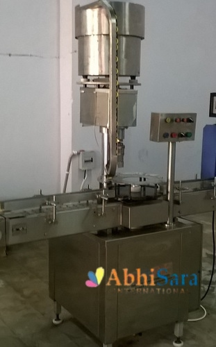 Automatic Bottle Capping Machine